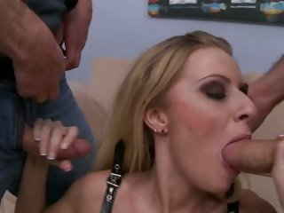 Slut Riley Evans drools on those tasty pricks