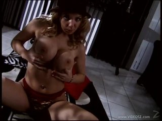 Bonerific Blond MILF Kiki Daire Tit Fucks a Cock With Her Round Boobs