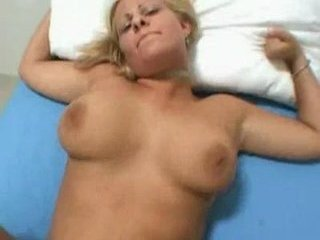 Creampie For The Gorgeous Fore...