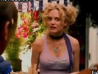 Gorgeous Heather Graham In a Cute Top