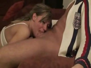 Blond non-professional can really deepthroat that dick