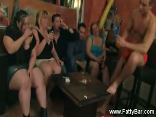 Bbw party with hot babes stripteasing