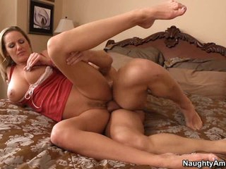 Scorching floozy enjoys a rough pussy pounding