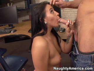 Big hard dick fills the mouth of the smoking hot Alexa Jordan