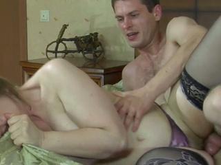Horny young dude fucks nasty mature brunette