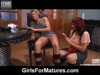 Viola&Nora pussylicking mature in action
