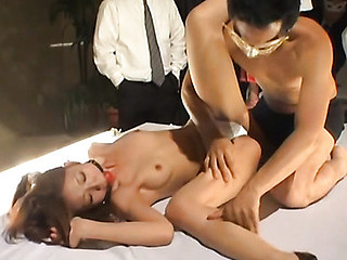 Hotties in hawt lesbo scene