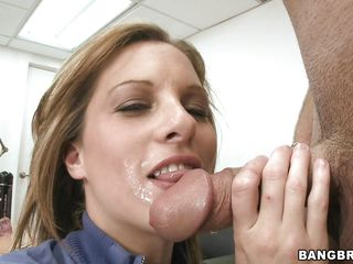 gorgeous milf ashlee sucking and fucking a big dick