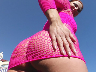 The butt of Jasmin stretched out a set of body fishnets.