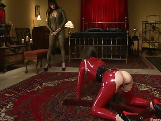 Gotta Love Latex Anal Fisting and Gaping Seda and Dana