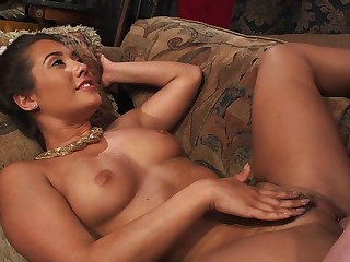 A Latina with a sexy ass is feeling some licking done to her behind