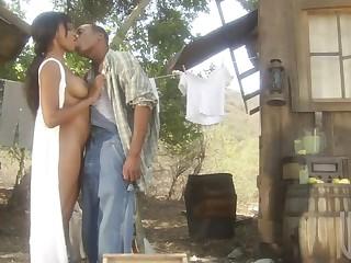Black Sex Outdoors With The Naturally Brested Ebony Kaylani Jizz