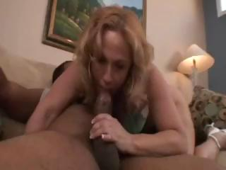 Chubby blond babe, Summer, acquires a big black 10-Pounder in her ass